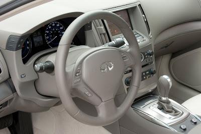2011 Infiniti G25 Sedan Car Cockpit