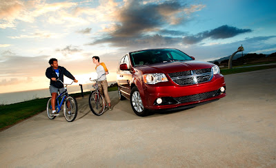 2011 Dodge Grand Caravan First Images
