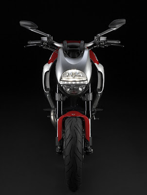2011 Ducati Diavel Front View