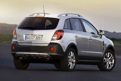 2011 Opel Antara Rear View