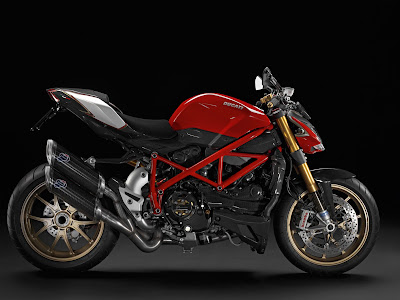 2011 Ducati Streetfighter S Red Color