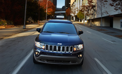 2011 Jeep Compass Front Grill in Motion View