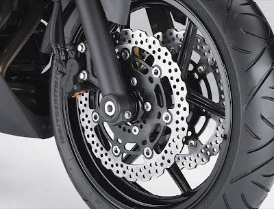 2011 Kawasaki Ninja 650R Front Brake View