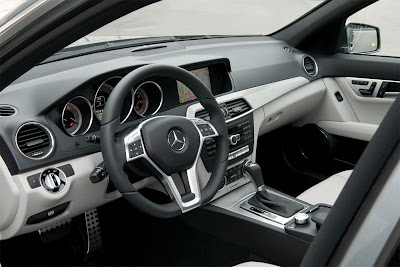 2012 Mercedes-Benz C-Class Dashboard View