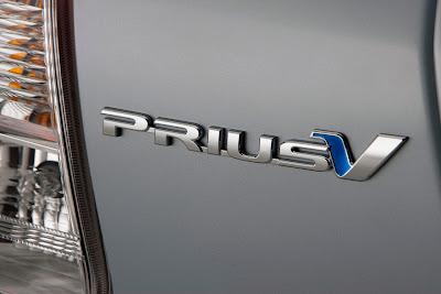 2012 Toyota Prius V Badge