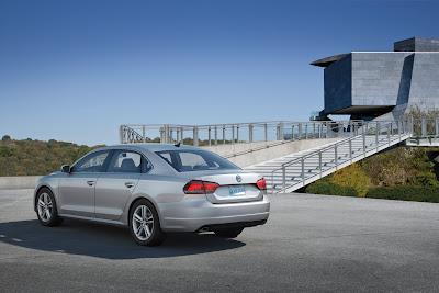 2012 Volkswagen Passat Rear Angle View