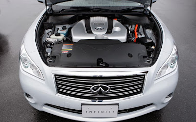 2012 Infiniti M35 Hybrid Engine View