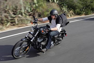 2011 Harley-Davidson FXS Blackline Unveiled