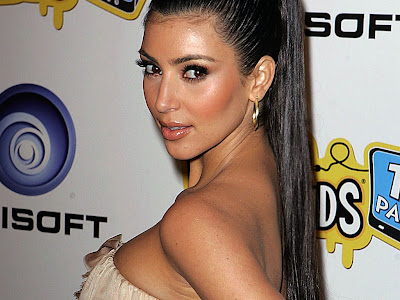 kim kardashian hot bikini