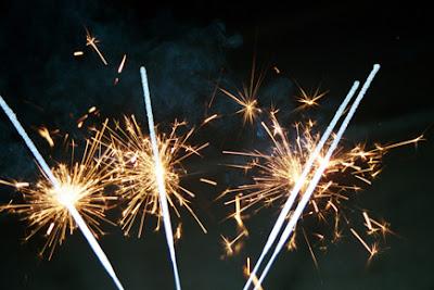 8 Kembang Api <a target= '_blank' href='http://fenomers.blogspot.com'>terunik</a> di Dunia