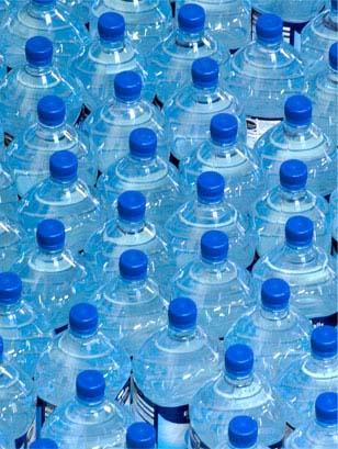 Les agents sans secret l eau du robinet et l 39 eau en - L eau du robinet ou l eau en bouteille ...