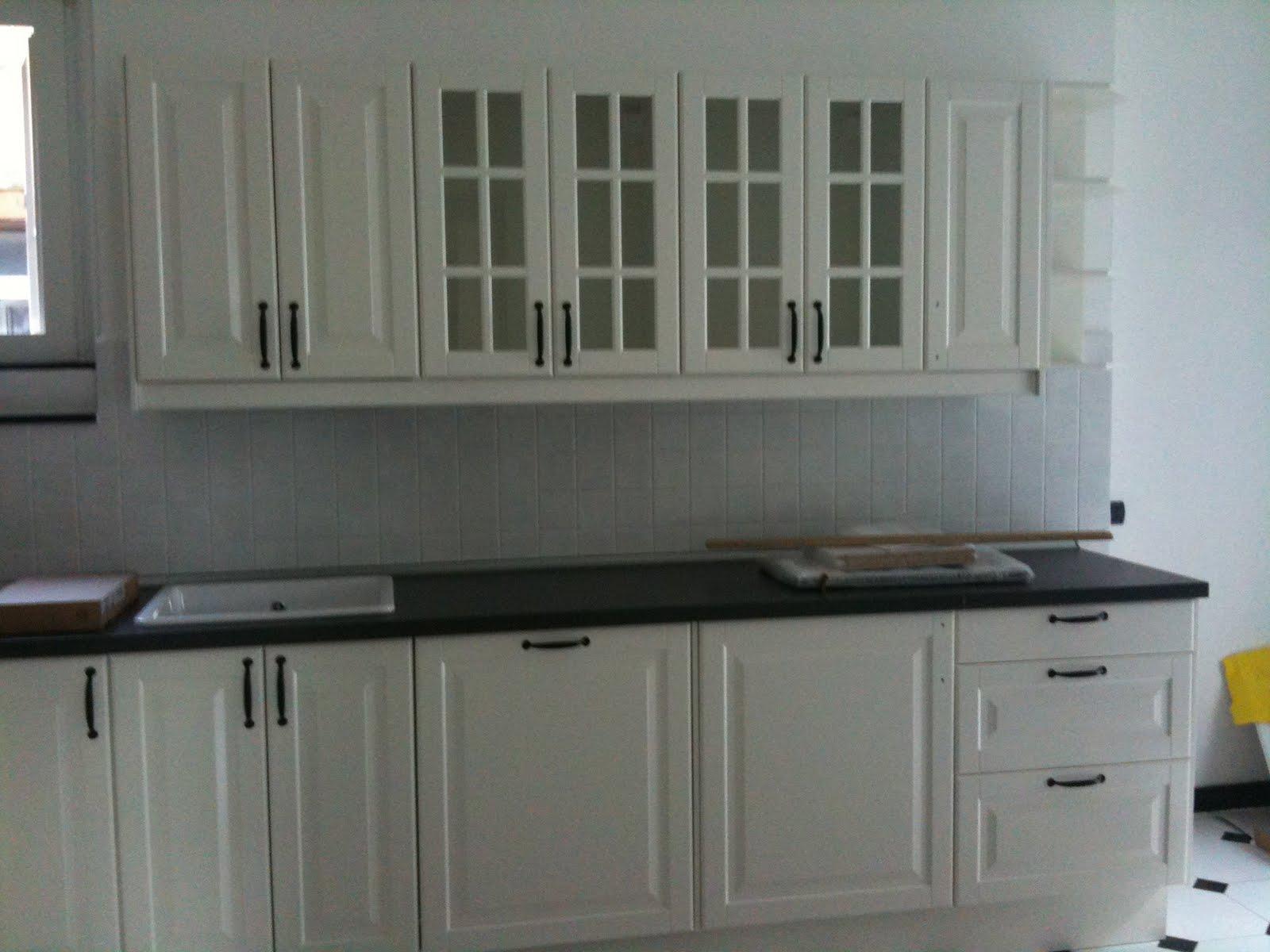 Shabby chic lifestyle finalmente la cucina - Maniglie mobili ikea ...