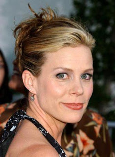 Cheryl Hines | Celebrity Poker Player