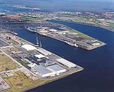 Belgium port of zeebrugge skyscrapercity for Port zeebrugge
