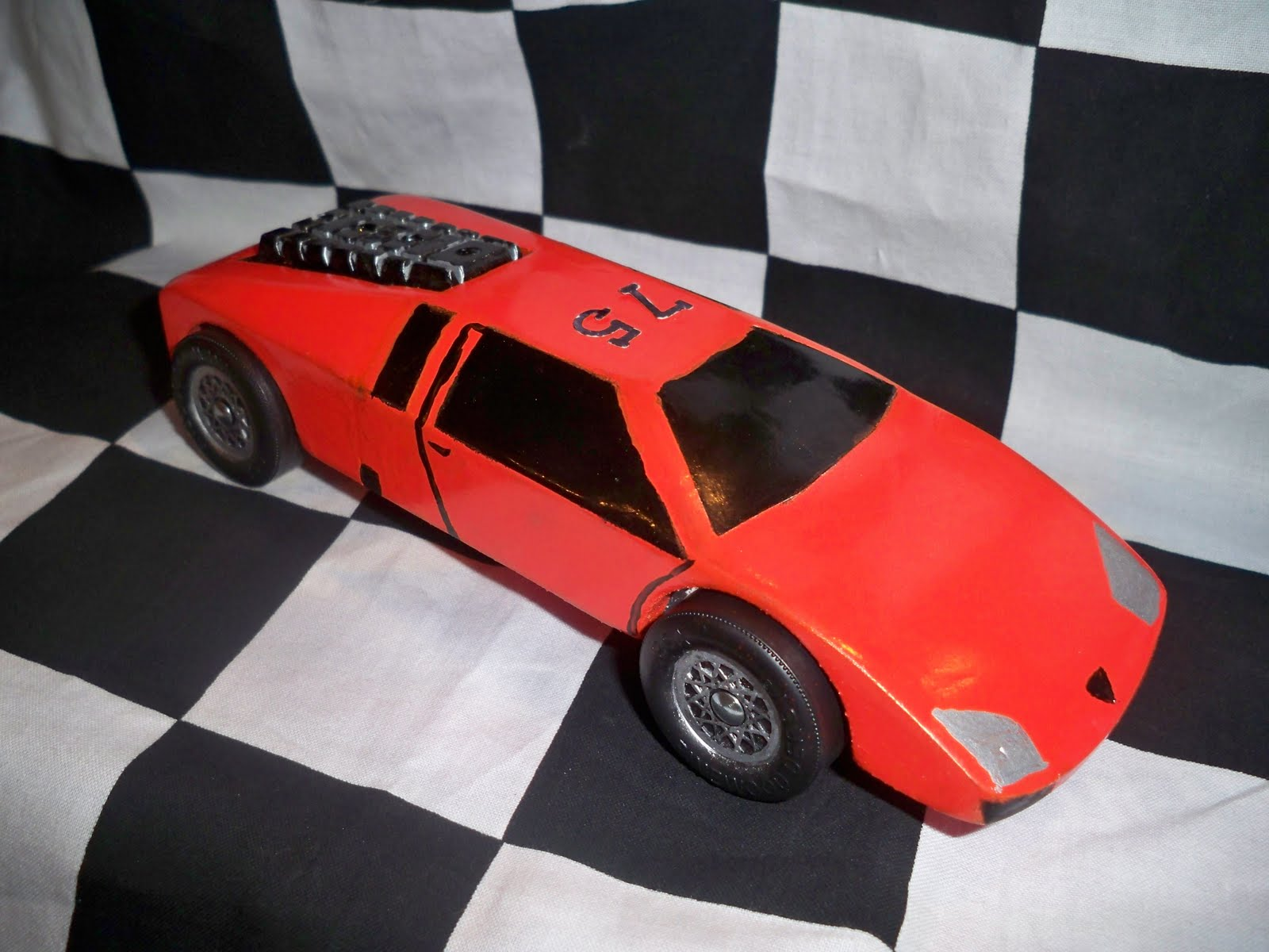 Pictures of soap box derby cars for Pinewood derby lamborghini