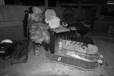skateboard corby skatepark bowl