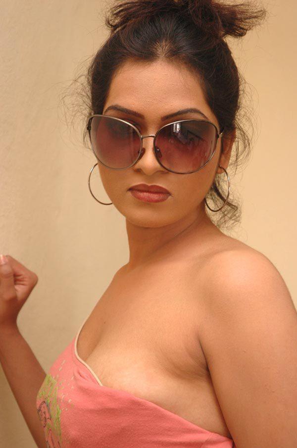 sony charishta actress pics