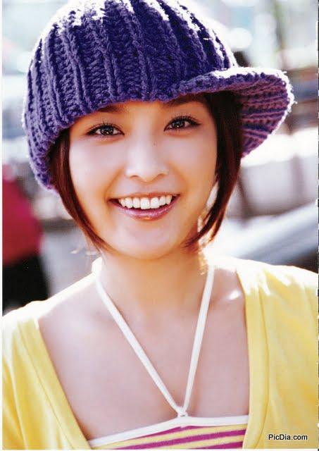 sumber. http://akmalcapidol.blogspot.com/2010/12/gallery-fhoto-rika-ishikawa-asian.html.