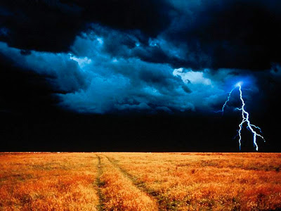 lightening wallpapers. Beautiful wallpaper of lightning