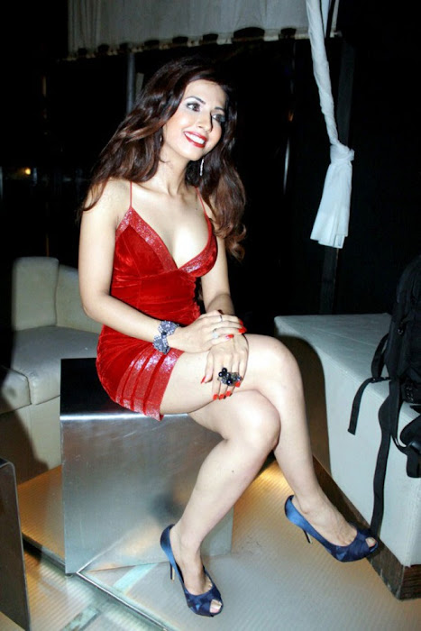 bollywood sheena nair ing her legss in red short dress cute stills