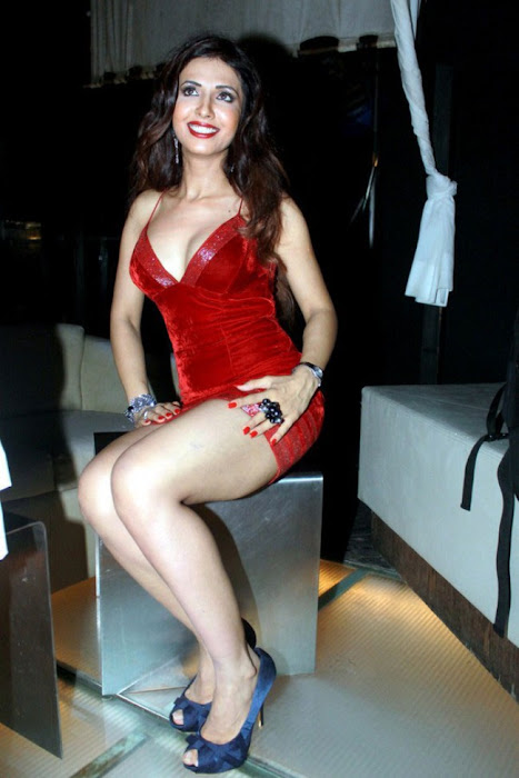 bollywood sheena nair ing her legss in red short dress hot photoshoot