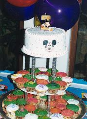 Mickey, torta y cupcakes