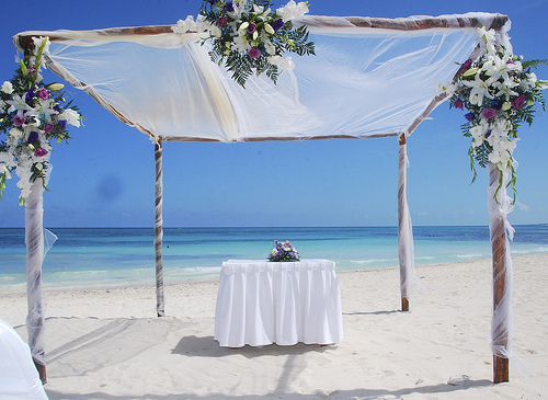 24 Incredible Beach wedding decoration ideas!   Ultimate Tourism