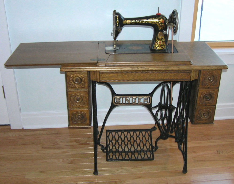 1916 Redeye Singer Treadle Sewing Machine