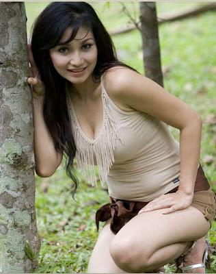 foto model toket gede, foto model tetek gede, foto tetek model toket seksi indonesia