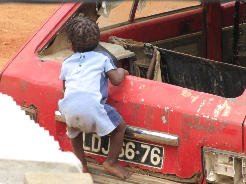 De ma fen tre en angola november 2010 for Ouvrir fenetre dos