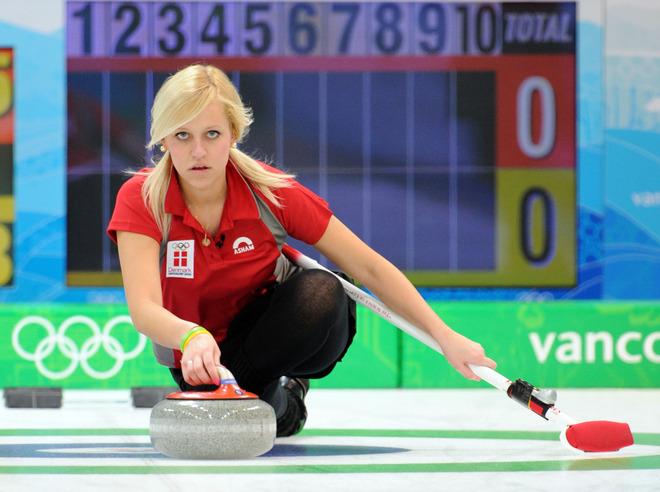 62f9a352bb1476185c6a103829aca6a2-getty-oly-2010-curling-women.jpg