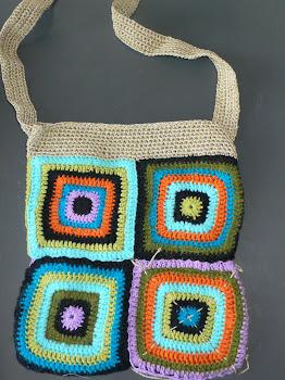Hippi-hækletaske i hotte farver :-)