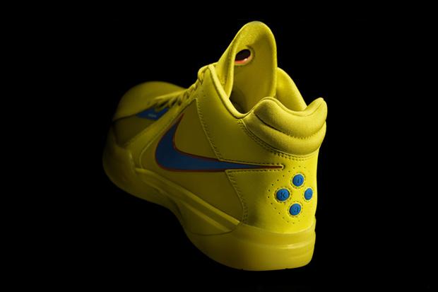 nike-basketball-2010-christmas-day-footwear-03.jpg
