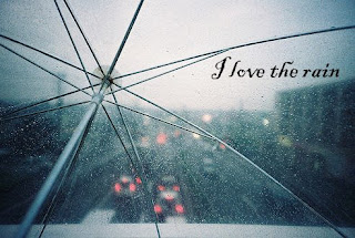 [Image: I+love+the+rain.jpg]