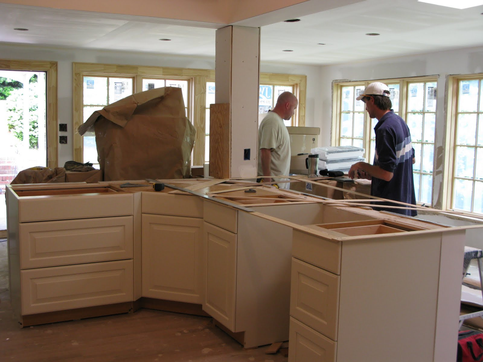 Jane 39 S Home During Kitchen Cabinet Installation