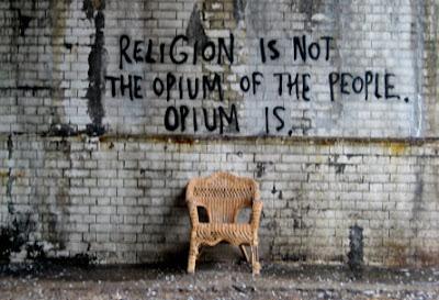 La religión no es el opio delpueblo. El opio lo es.