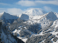 Crystal Mountain Is The Largest Ski Area In Washington State With Over 3000  Ft Of Vertical, Tons Of Lift Access U201cslackcountry,u201d And Arguably The Best  And ...