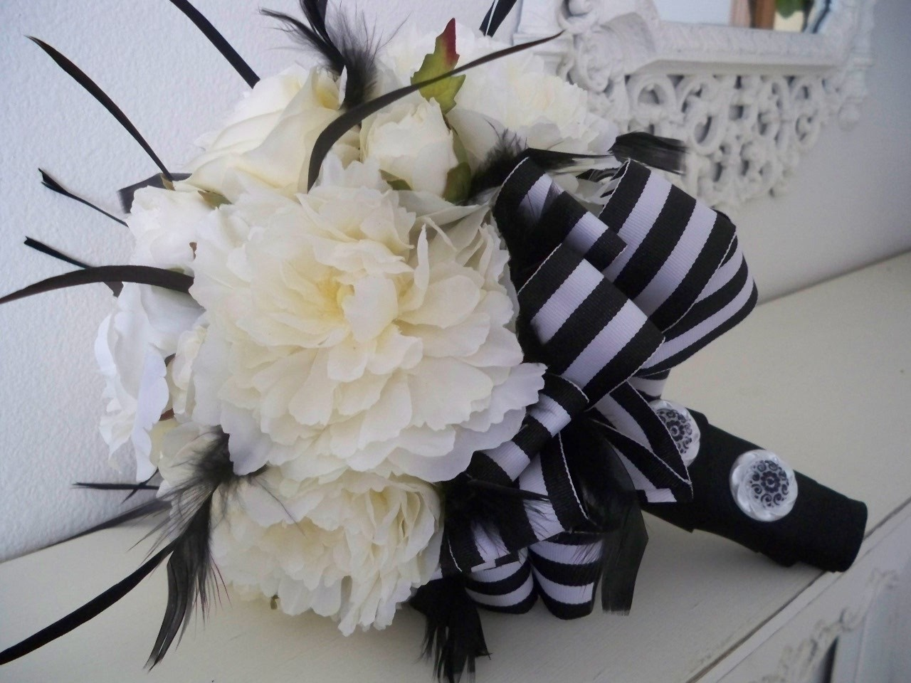 100 wedding bouquets wedding bouquets feathers real