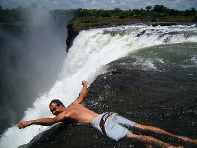 Reminiscing In Tempo Cataratas Victoria En Zimbabwe