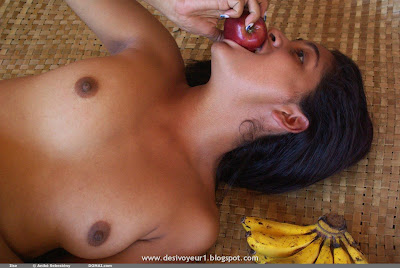 Pakistani Naked Girls Of The Day Desi Puffy Nipples