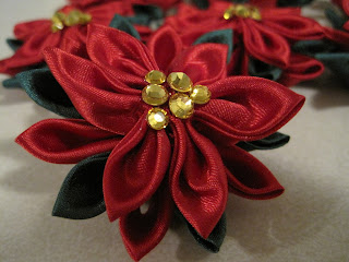 Christmas Poinsettia Kanzashi