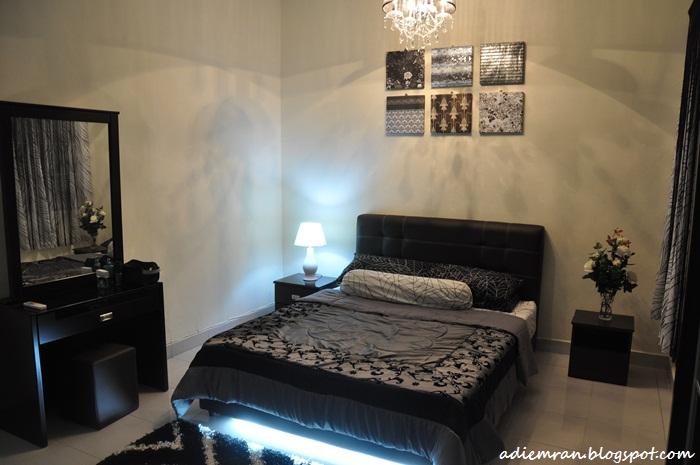 Gambar SEBELUM renovasi. Cuma ada set bilik tidur jew.