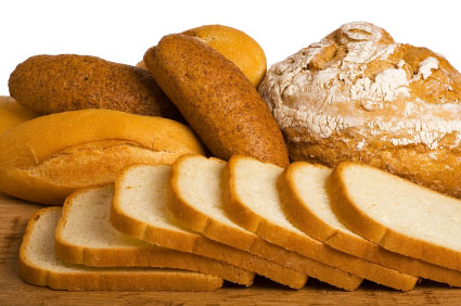 Beberapa keping roti mampu memberi tenaga sepanjang hari.