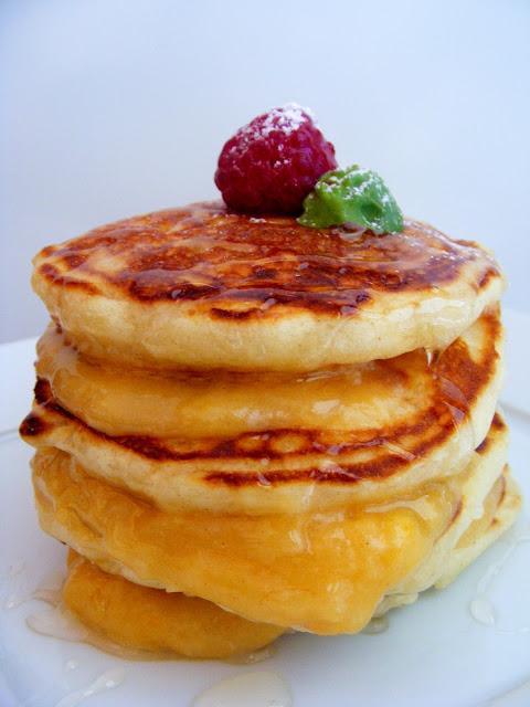 Pancakes with ginger curd