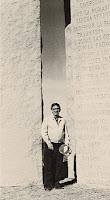 Joe Fendley of Elberton Granite Finishing posing with his masterpiece. Photo: Courtesy of Fendley Enterprises Inc.