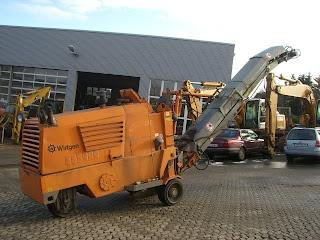 5 764457 FREZA DE ASFALT Wirtgen 500 freze de asfalt second hand mici 1992 20.000 Euro