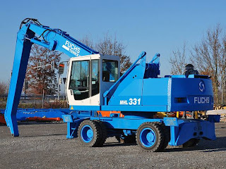 2 742363 EXCAVATOR INDUSTRIAL Fuchs MHL 331 manipulare materiale fier vechi din 2001 65.900 Euro