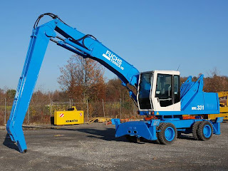3 744085 EXCAVATOR INDUSTRIAL Fuchs MHL 331 manipulare materiale fier vechi din 2001 65.900 Euro