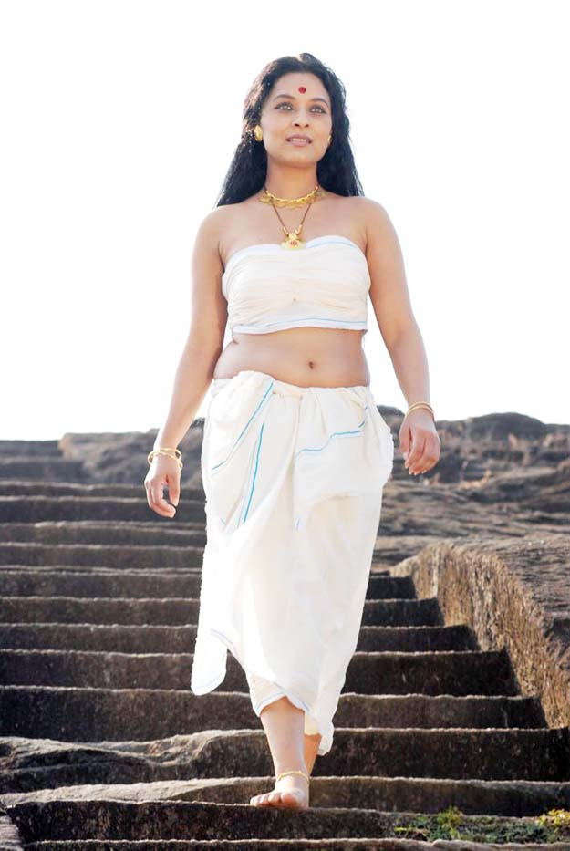 sharbani mukherjee hot navel and boob show in white dressSharbani Mukherjee Hot