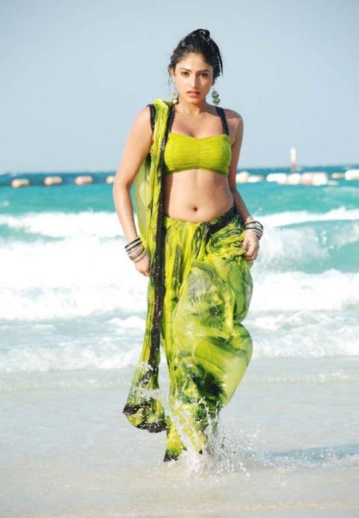 Haripriya Hot Images sexy stills